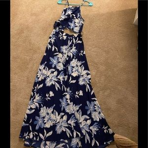 Lulus Two Piece Floral Maxi Dress. Size M
